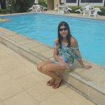 piscina tamanho médio e rasa para crianças