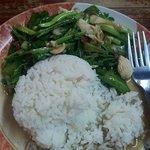 chinese broccoli with chicken.  killa good.