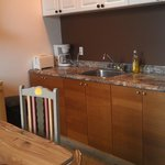 kitchen shared by 2 rooms(4 people)