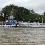 Contêiner e embarcações