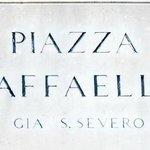 Piazza Raffaello