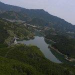 ヘリコプターから見た津風呂湖