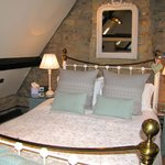 Deluxe Cheltenham Room