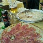 Focaccia di RECCO e Pizza Gorgonzola noci e Crudo