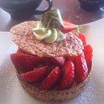 Panier de guariguette et crème de pistache