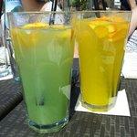 Limonades à la pomme verte et à l'orange