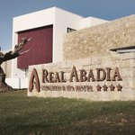 Real Abadia, Congress & Spa Hotel · Entrance
