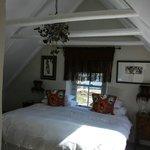 Gemütliches und stilvolles Dachzimmer (Orange Room)