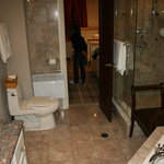 La magnifique salle de bains !
