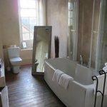 Beatiful Bathroom facilities
