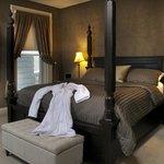Casa Suite Master Bedroom