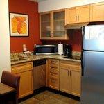 Complete kitchen; well supplied