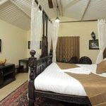 Suite room Bed