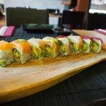 Fresh & Delicious Dragon Roll