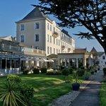 Grand Hôtel de Courtoisville -- entrée -- Saint-Malo