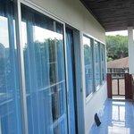 Balcon de notre bangalows (  non securisé)