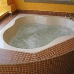 Hot or Cool Koehler Jacuzzi - Tip Remove Sunscreen 1st