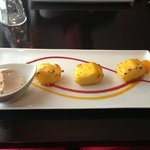 Grilled pineapple with tandoori  served with ice cream.
