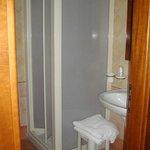 voto stanza da bagno: discreto