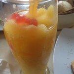 smutie de mango con tapioca explosiva de cereza