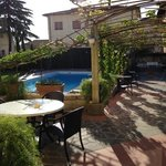 piscina e giardino Hotel Roma CASCIANA TERME (PI)