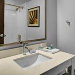 Guest Room - Bathroom