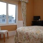 Bedroom 2 ( Gloddaeth)