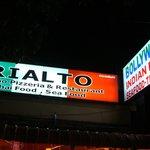 Rialto Busy at night