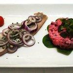 Matjes Filet mit Rotebeete Salat