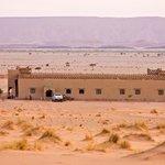 Hotel desde arriba de la duna