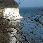 Uitzicht op de krijtrotsen van Jasmund