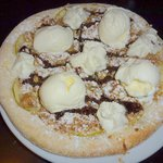 Granny Smith Apple Pizza with vanilla ice cream