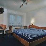 Unsere Doppelzimmer mit WLAN,TV,Dusche und WC.