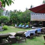 Pool and spa pagoda