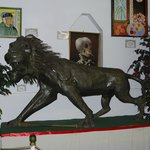 Note the Lion's Club