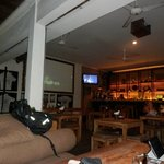 Surf Cafe - вид от входа, бар