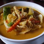 Red coconut curry with chicken