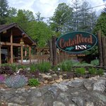 CedarWood Inn