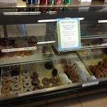 Oscar's Original Donuts Foto