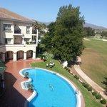 Utsikt fra balkongen (Los Lagos: fairway hull 15 i bakgrunn)