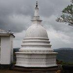 Kodigala Ancient Temple Resmi