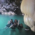Photo de Boraga Limestone Cave