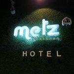 metz hotel entrance signage