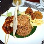 Asmila Nasi Goreng Special Bandung
