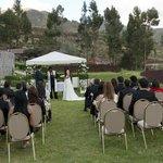 Nuetra boda en el exterior del Hotel