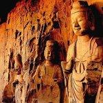 Qianfo Temple Cliffside Images