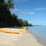 The beach at the front of the Matenga bungalows