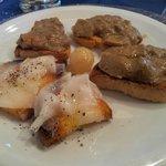 Crostini toscani (lardo di colonnata e funghi porcini)