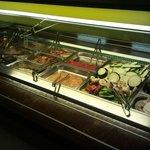 verdure, pesce e carne crude