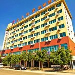 Golden Pond Hot Spring Hotel Kunming Guanshang